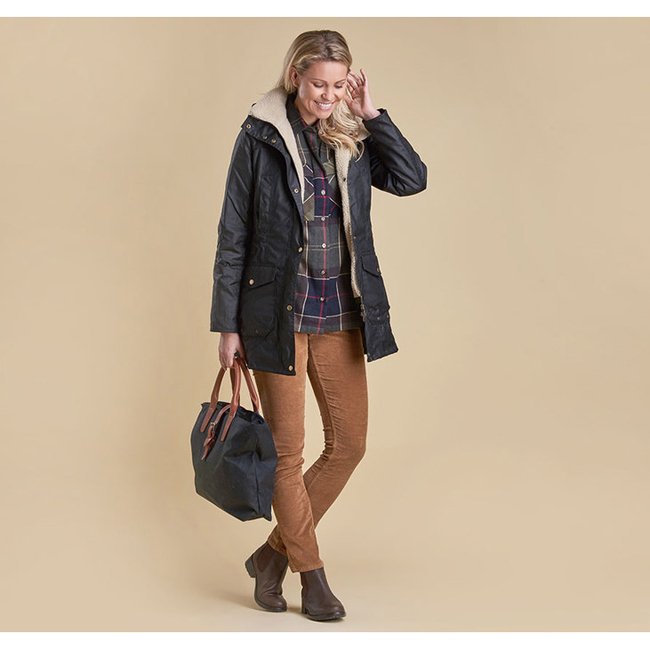 Barbour Women BLEAKLOW WAX JACKET Black Sale